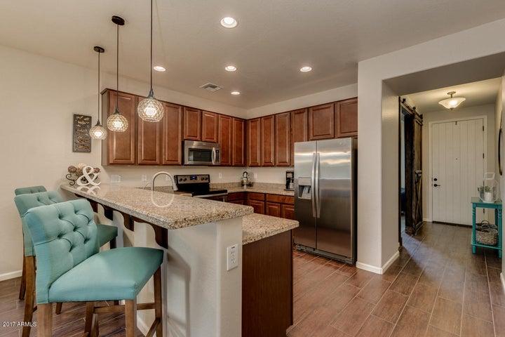 10317 E HAWK Avenue, Mesa, AZ 85212