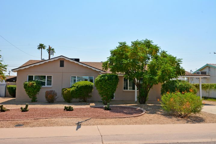 6701 E MORELAND Street, Scottsdale, AZ 85257