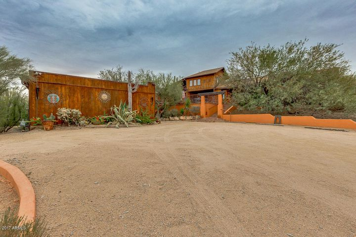 38555 N SCHOOL HOUSE Road, Cave Creek, AZ 85331