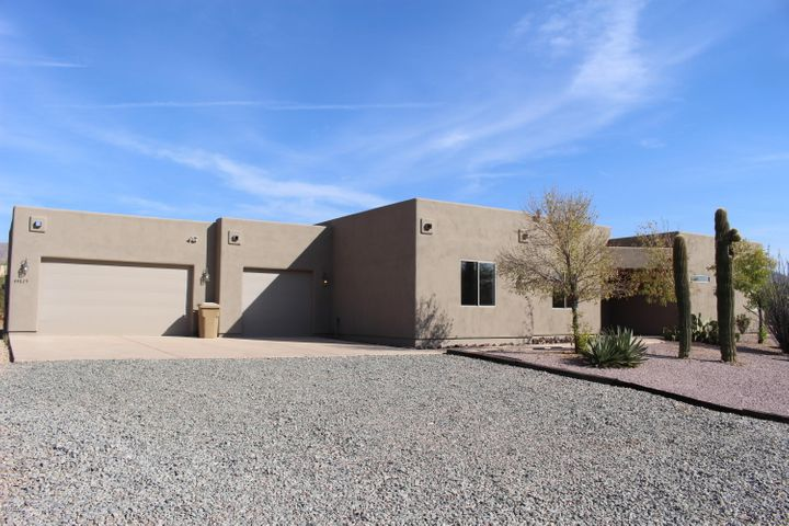 44825 N 12TH Street, New River, AZ 85087