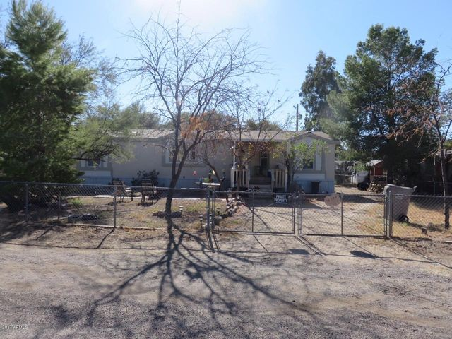 18779 E WANDA Drive, Black Canyon City, AZ 85324