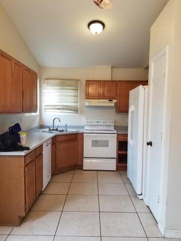 921 S VAL VISTA Drive, 114, Mesa, AZ 85204