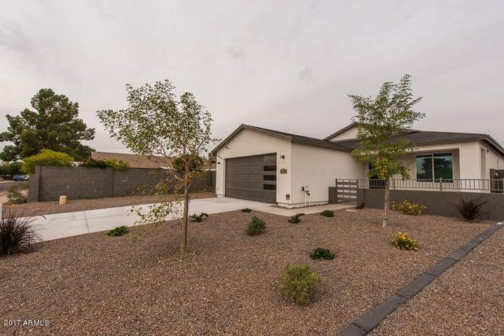 4350 W SHAW BUTTE Drive, Glendale, AZ 85304