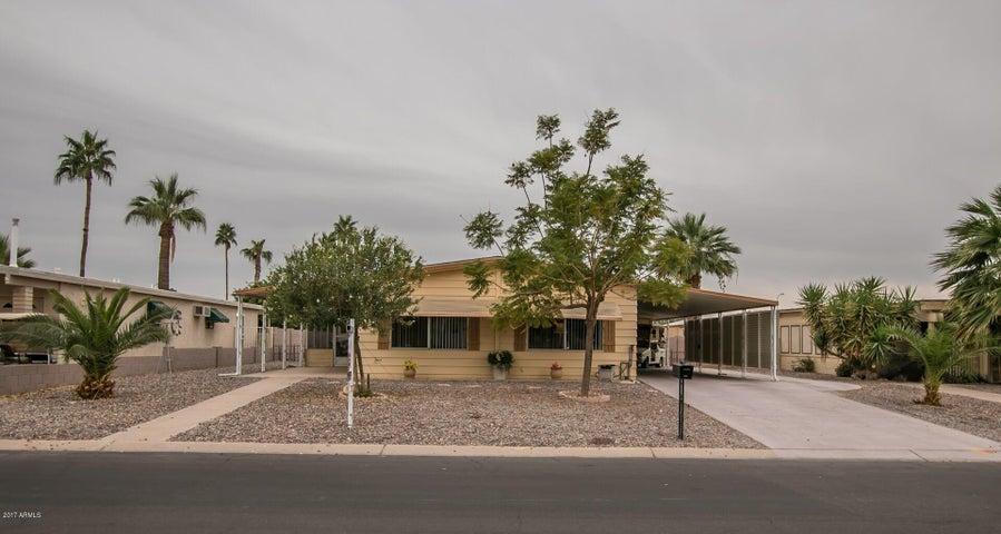 9101 E SUN LAKES Boulevard N, Sun Lakes, AZ 85248