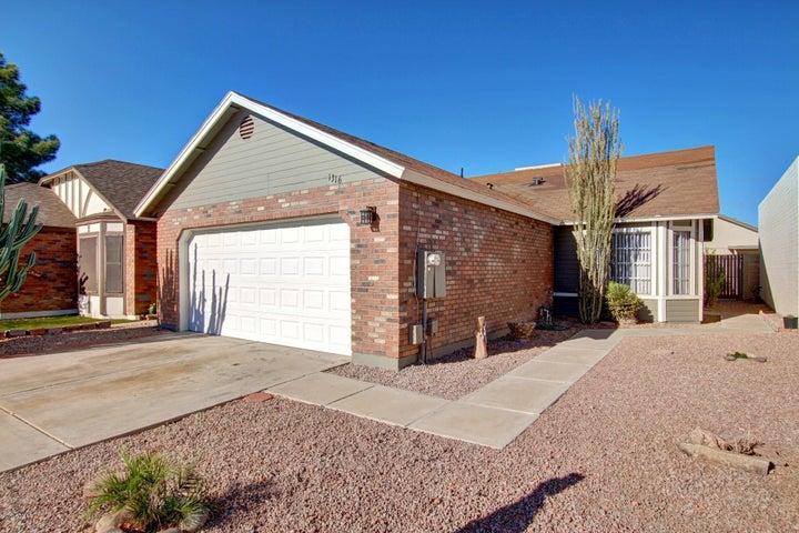 1316 W ROSEWOOD Court, Chandler, AZ 85224