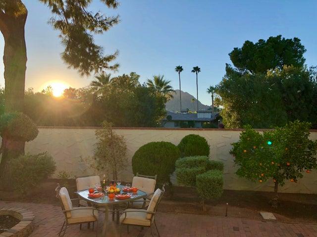 5542 N 71ST Street, Paradise Valley, AZ 85253