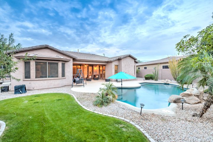 5682 S MESQUITE GROVE Way, Chandler, AZ 85249