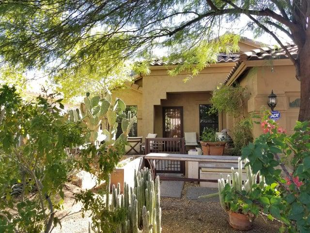 8767 E MESCAL Street, Scottsdale, AZ 85260