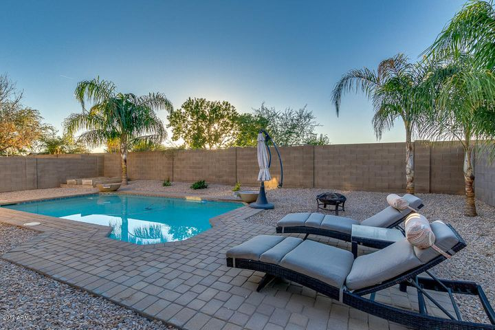 40976 N VINE Avenue, San Tan Valley, AZ 85140