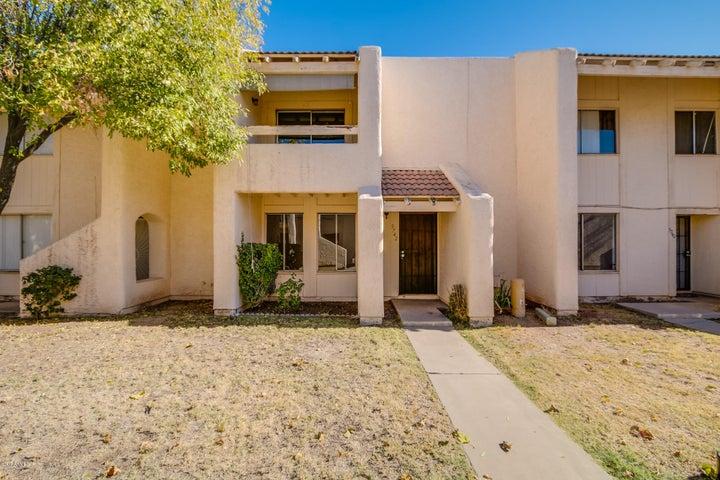 5742 N 44TH Avenue, Glendale, AZ 85301
