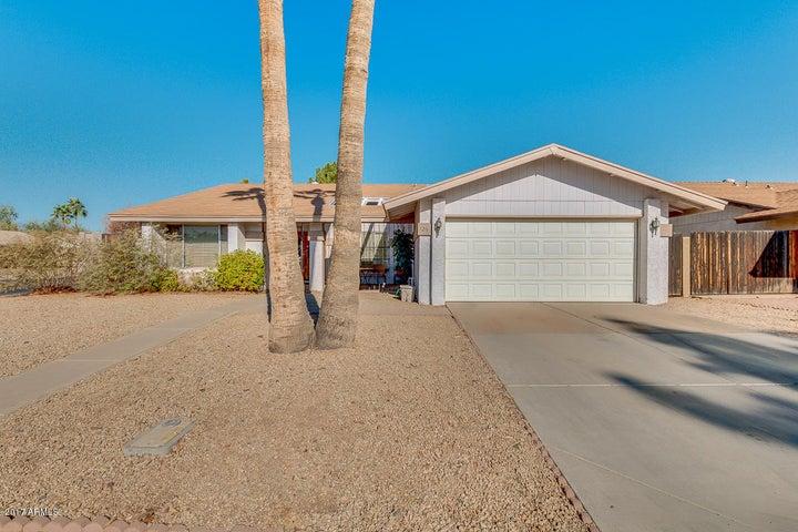 726 W STOTTLER Drive, Chandler, AZ 85225