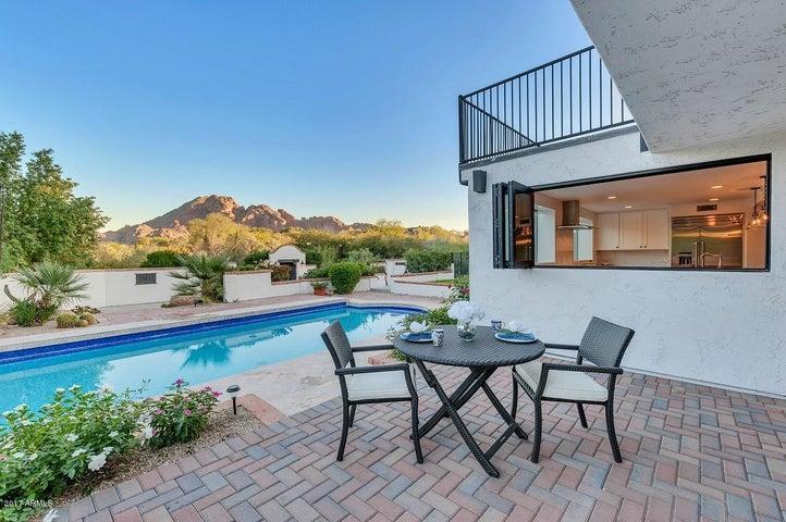 6301 N 44TH Street, Paradise Valley, AZ 85253