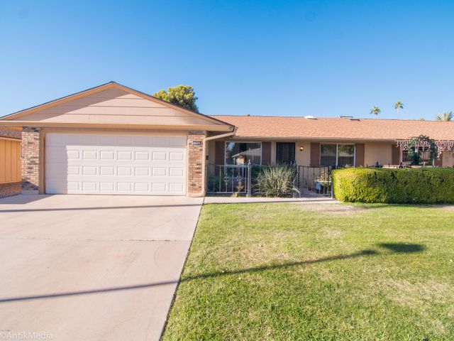 10422 W PRAIRIE HILLS Circle, Sun City, AZ 85351