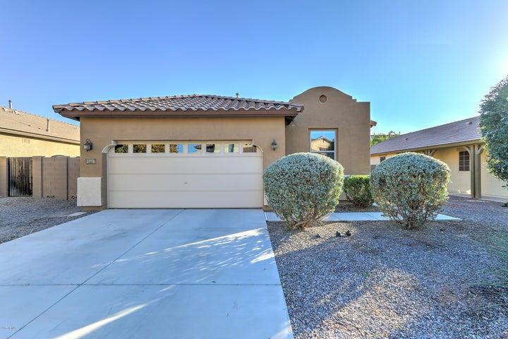 2731 E CANYON CREEK Drive, Gilbert, AZ 85295