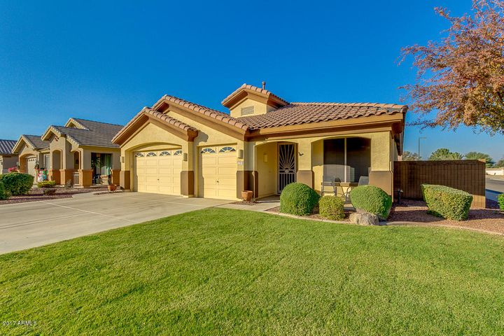 12504 W HIGHLAND Avenue, Litchfield Park, AZ 85340