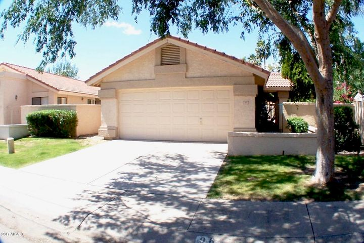 967 W BARBADOS Drive, Gilbert, AZ 85233