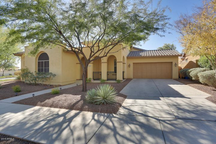 20415 W LOST CREEK Drive E, Buckeye, AZ 85396