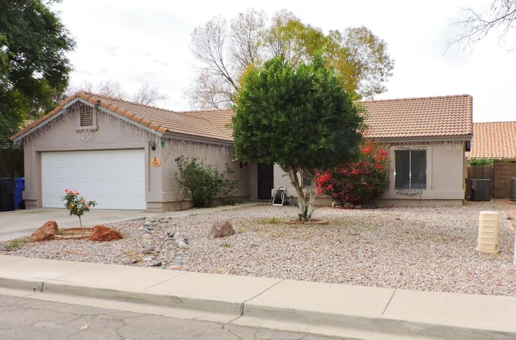 1102 N SAILORS Way, Gilbert, AZ 85234