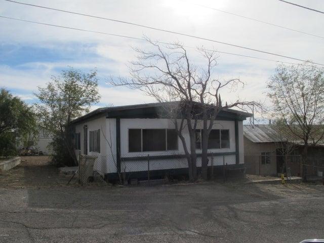 617 W PORPHYRY Street, Superior, AZ 85173