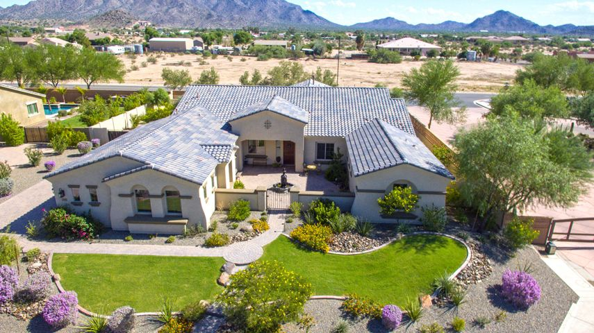 3039 E BELLFLOWER Drive, Gilbert, AZ 85298
