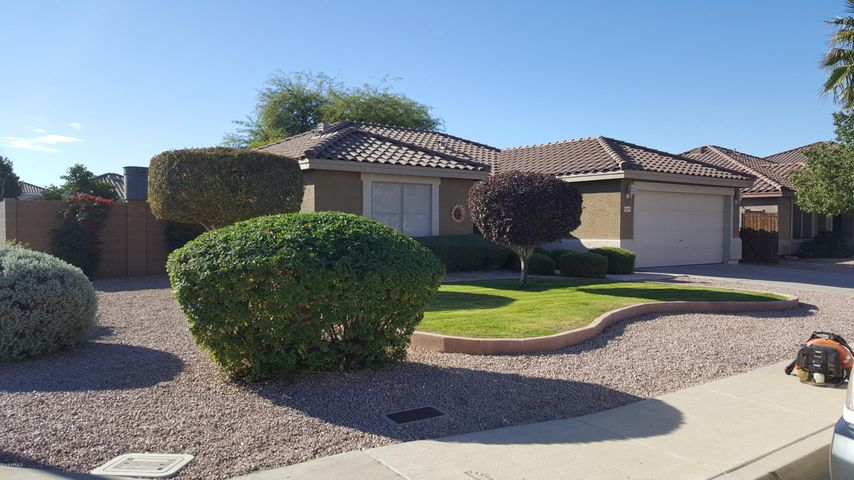 10605 E Arbor Avenue, Mesa, AZ 85208