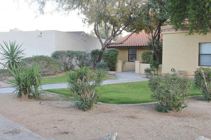 1043 E SEGOVIA Drive, Litchfield Park, AZ 85340