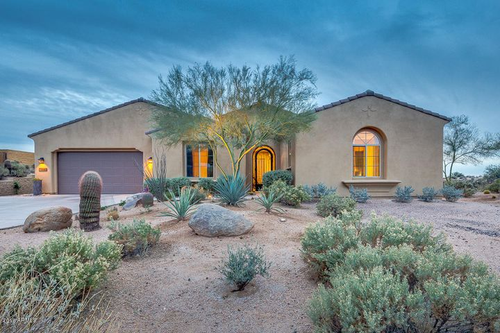 10905 E LOFTY POINT Road, Scottsdale, AZ 85262