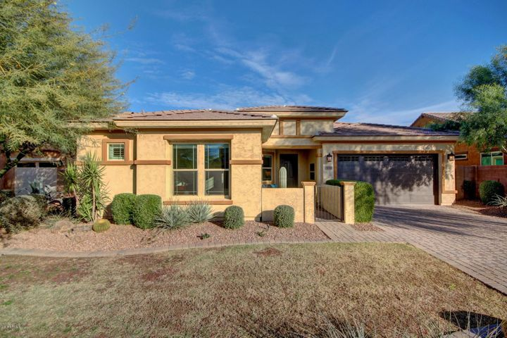 20240 E ESCALANTE Road, Queen Creek, AZ 85142