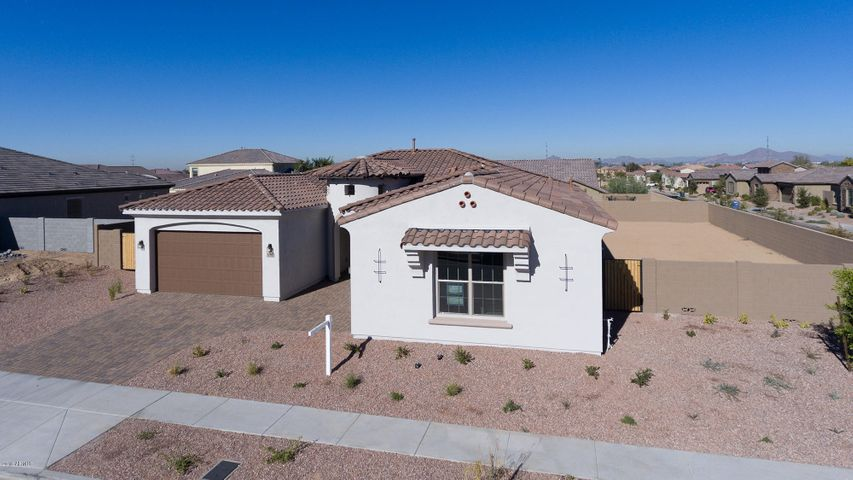 3018 E HARWELL Road, Phoenix, AZ 85042