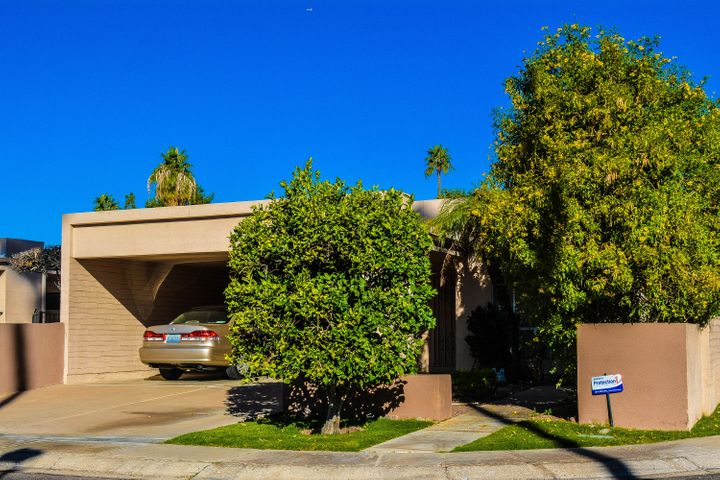 Front Elevation Of Luxury Low Maintenance Townhouse in the heart of McCormick Ranch!