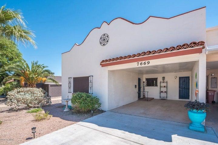 7669 E HAZELWOOD Street, Scottsdale, AZ 85251