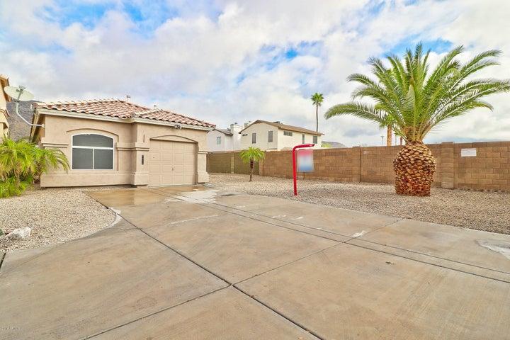 4816 W WAHALLA Lane, Glendale, AZ 85308