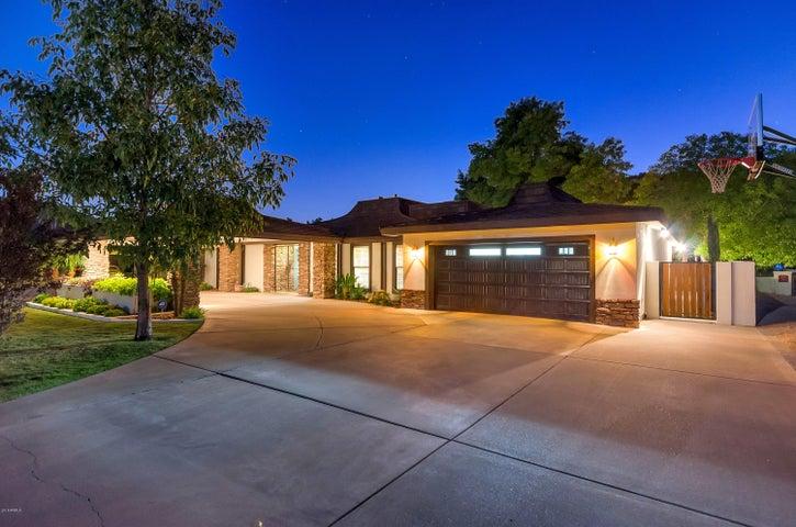 848 W MOON VALLEY Drive, Phoenix, AZ 85023
