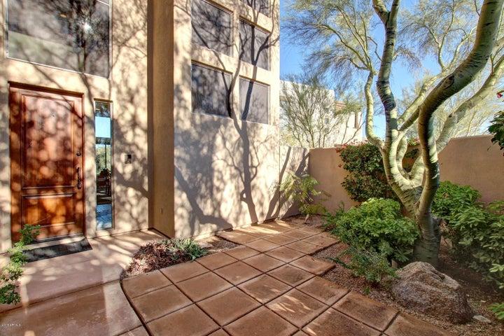 10242 E WHITE FEATHER Lane, Scottsdale, AZ 85262