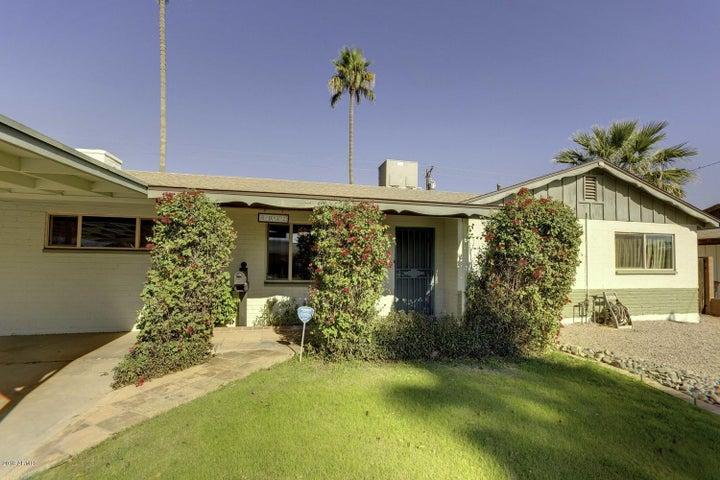 6932 E LATHAM Street, Scottsdale, AZ 85257