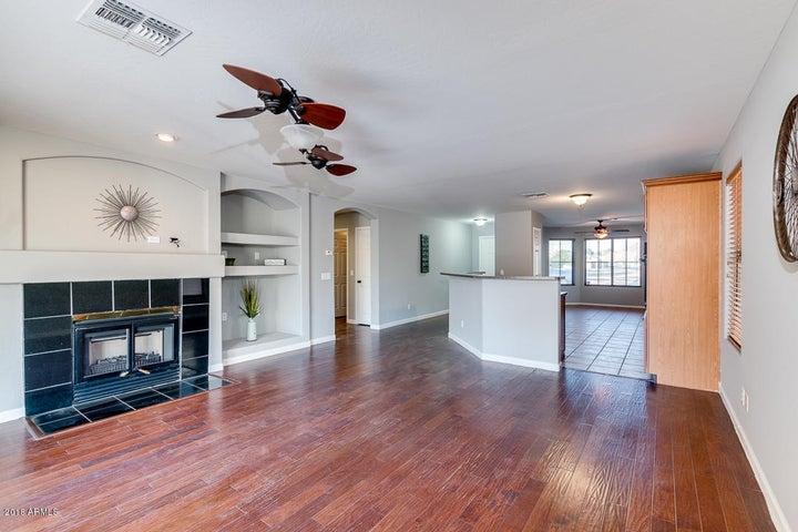 7201 W MARLETTE Avenue, Glendale, AZ 85303