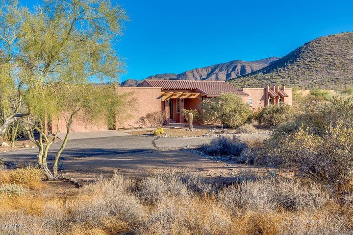 7312 E HIGHLAND Road, Cave Creek, AZ 85331
