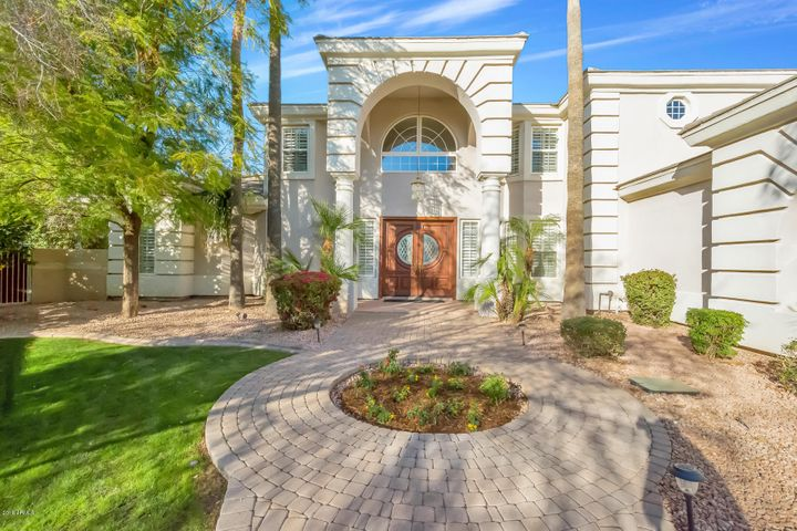 4536 E MERRILL Lane, Gilbert, AZ 85234