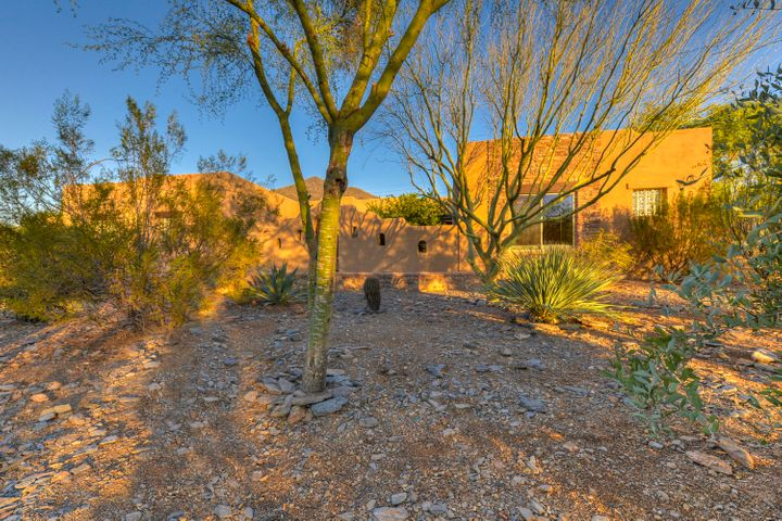 5753 E Canyon Ridge N Drive, Cave Creek, AZ 85331