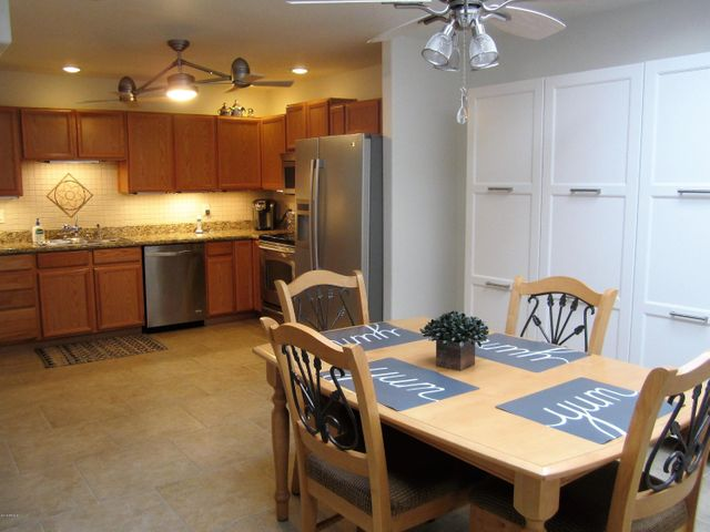 Kitchen & casual dining area with lots of room