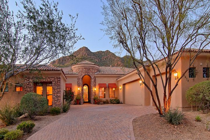 13434 E COLUMBINE Drive, Scottsdale, AZ 85259