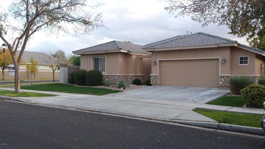 3493 E WASHINGTON Avenue, Gilbert, AZ 85234
