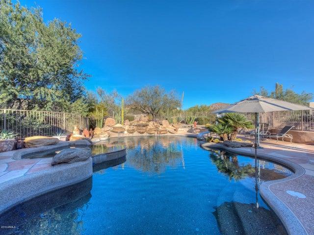 8432 E TETHER Trail, Scottsdale, AZ 85255