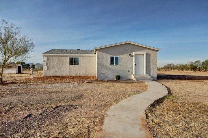 27622 N DENVER HILL Drive, Wittmann, AZ 85361