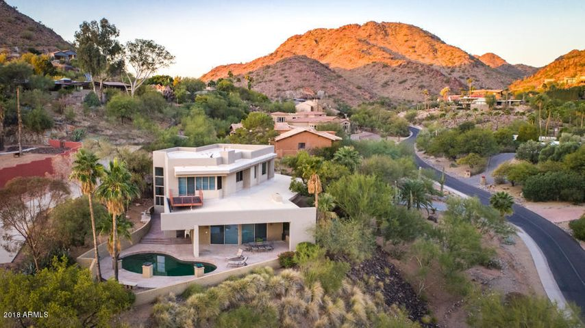 4217 E LAKESIDE Lane, Paradise Valley, AZ 85253