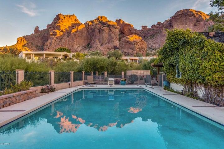 5805 N 46TH Place, Phoenix, AZ 85018