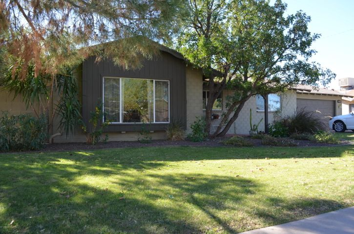 8339 E ROMA Avenue, Scottsdale, AZ 85251