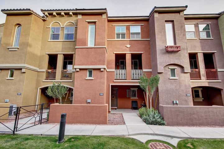 240 W JUNIPER Avenue, 1066, Gilbert, AZ 85233