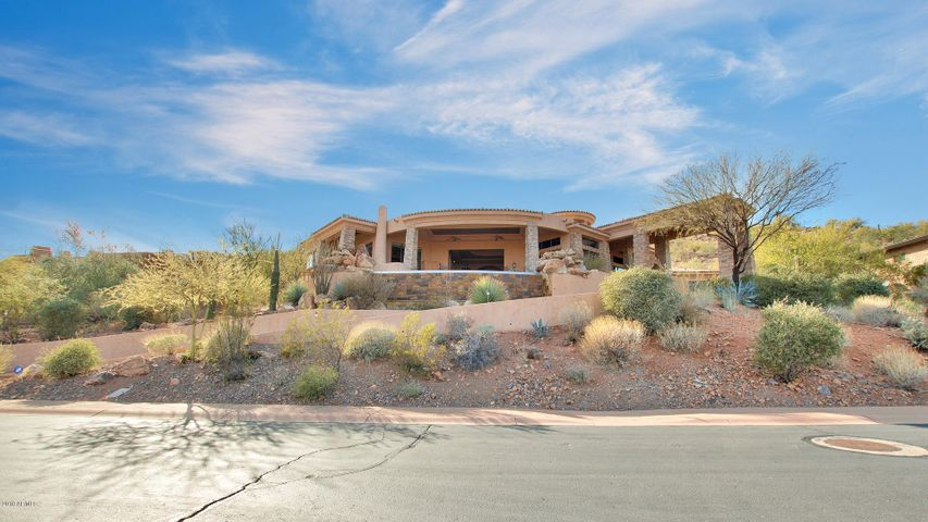 9316 N LAVA BLUFF Trail, Fountain Hills, AZ 85268