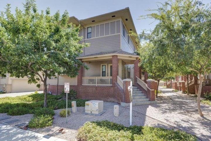 716 S BECK Avenue, Tempe, AZ 85281